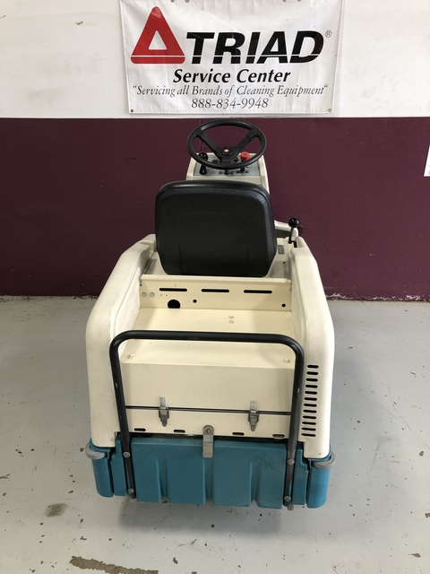 Tennant 6100 Sub-Compact Ride-On Sweeper